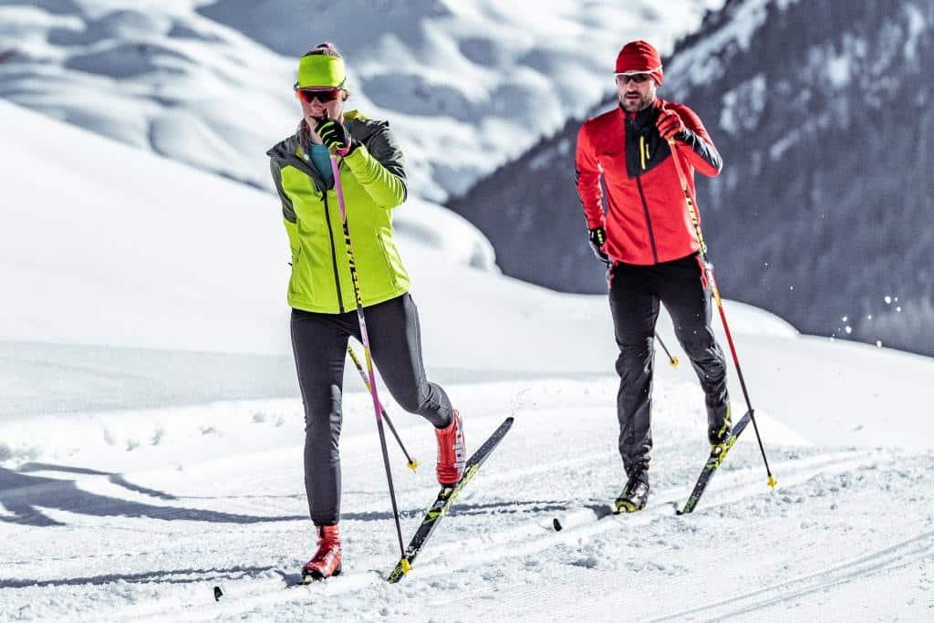 Jak ubrać się na narty biegówki
